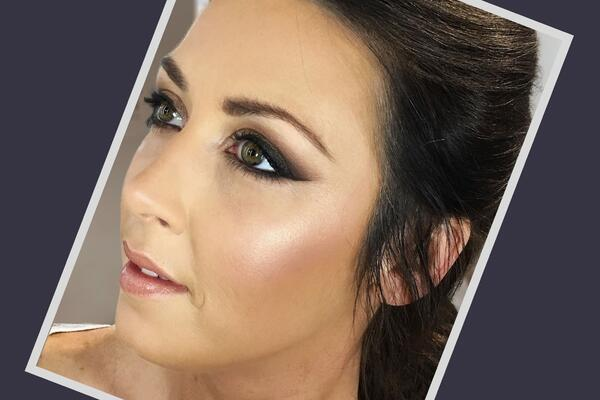 Model wearing smokey eye makeup